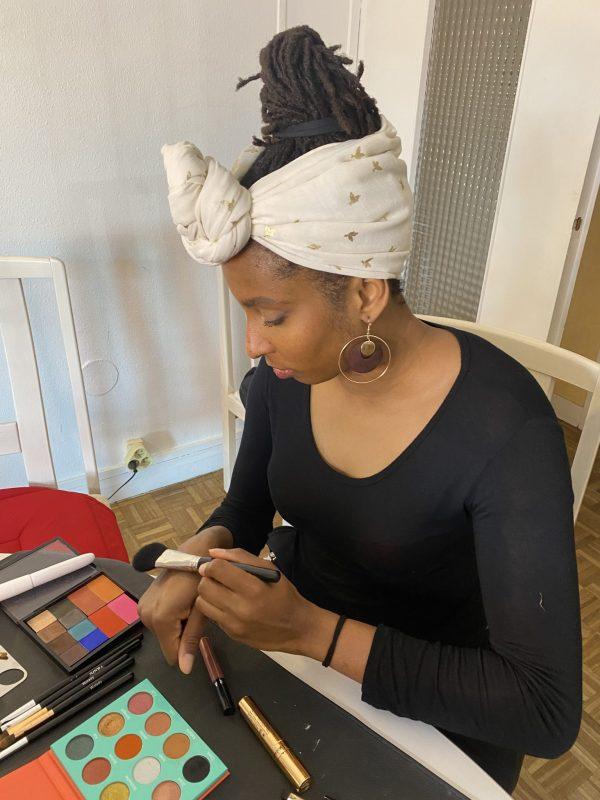 cours de maquillage - nantes - maquilleuse - mature - femme - personnalisé - auto maquillage - 50 - 40 -anniversaire