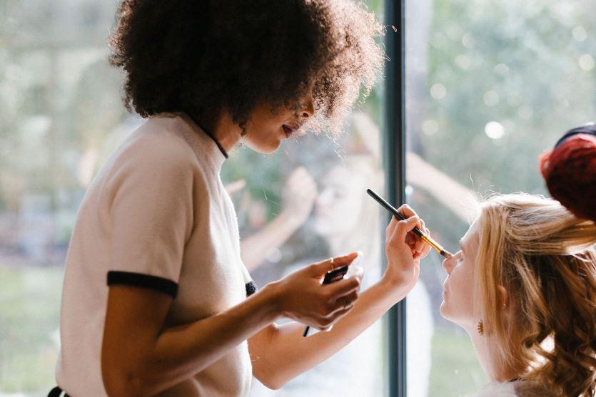 réservation-prestation-maquillage-pour-meliwa-makeup-artist