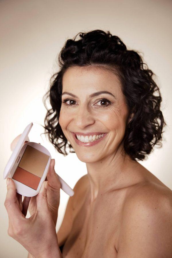 nantes - maquilleuse - femme - femme - 40 ans - cours de maquillage